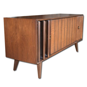 Zenith Mid-Century Modern Stereo Console with a modern turntable, amazing modern tube amp, bluetooth /turntable stereo