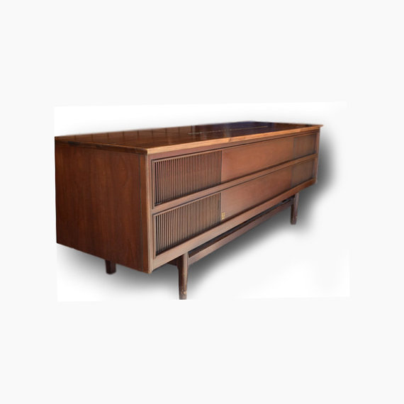 Stereo Console // Mid Century Modern // Repurposed With All New MODERN Electronics // New Turntable // Bluetooth Tube Amplifier